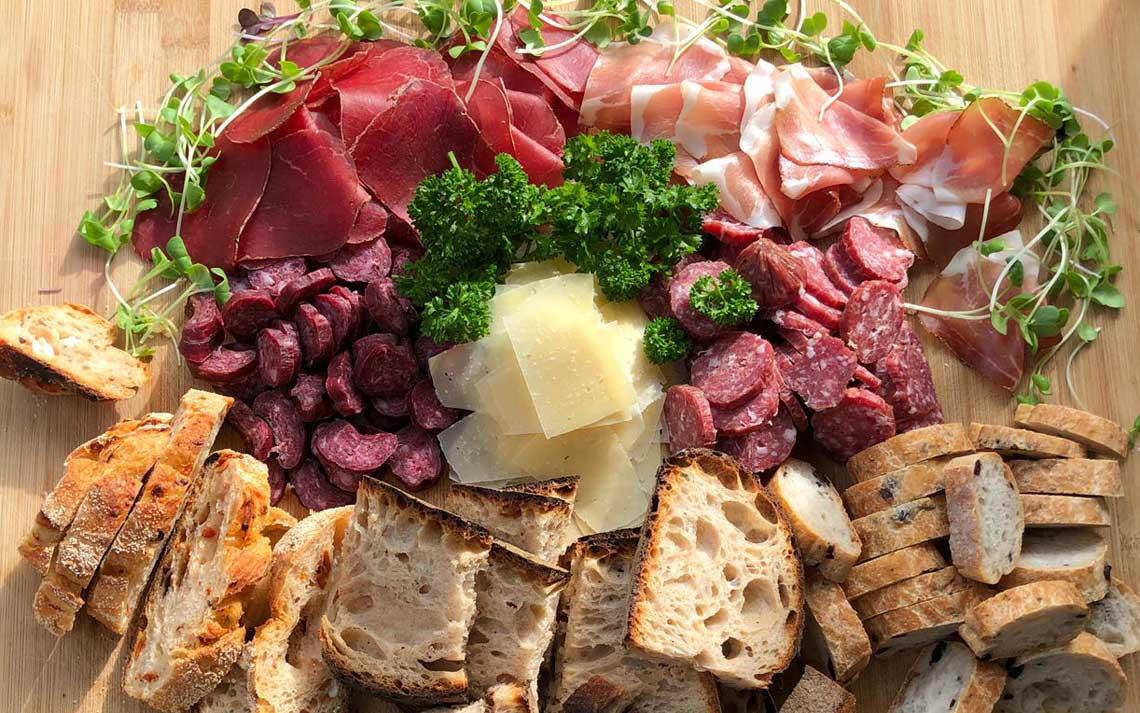 Chäs- und Fleischplättli: bodenständig gut